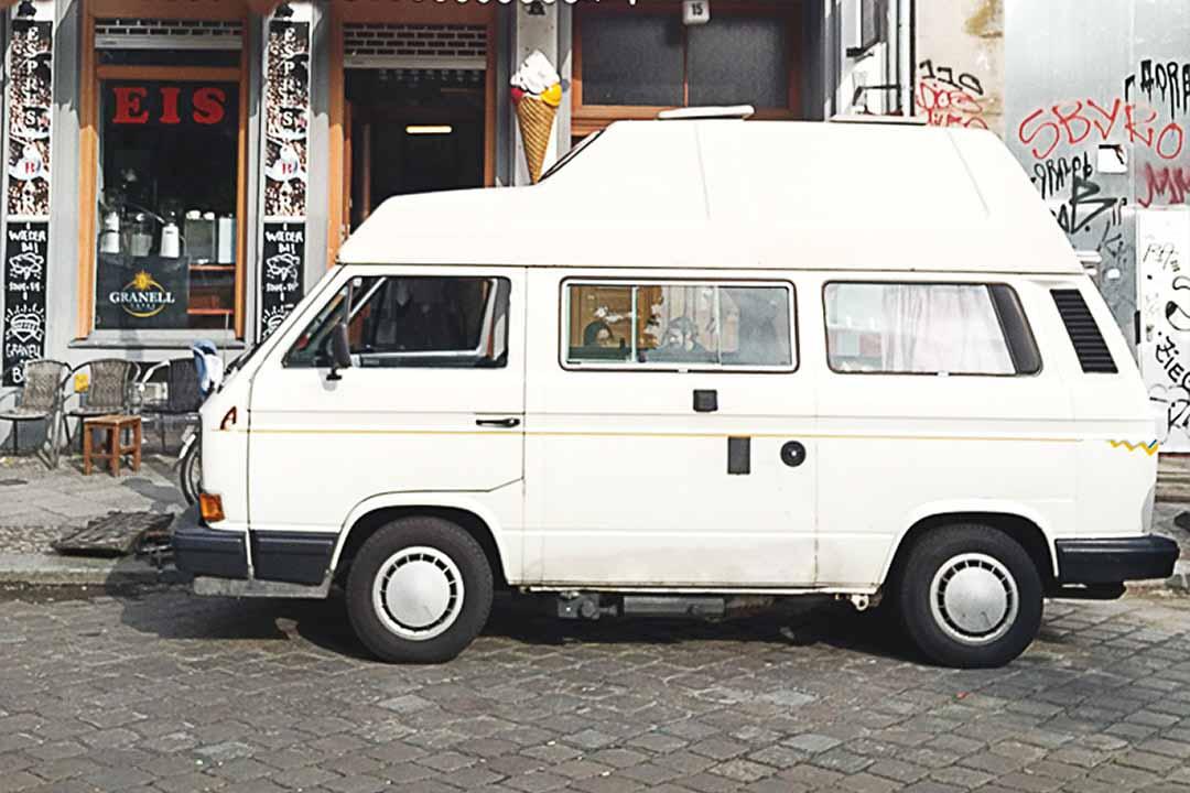 vw bus bulli mieten deine vw campingbus vermietung. Black Bedroom Furniture Sets. Home Design Ideas